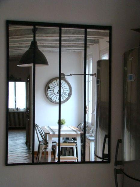 Verrière Cuisine Dans Le Reflet Du Miroir Maison De