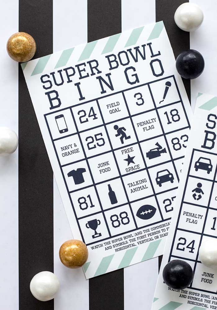 A themed bingo to relax guests before the Super Bowl starts
