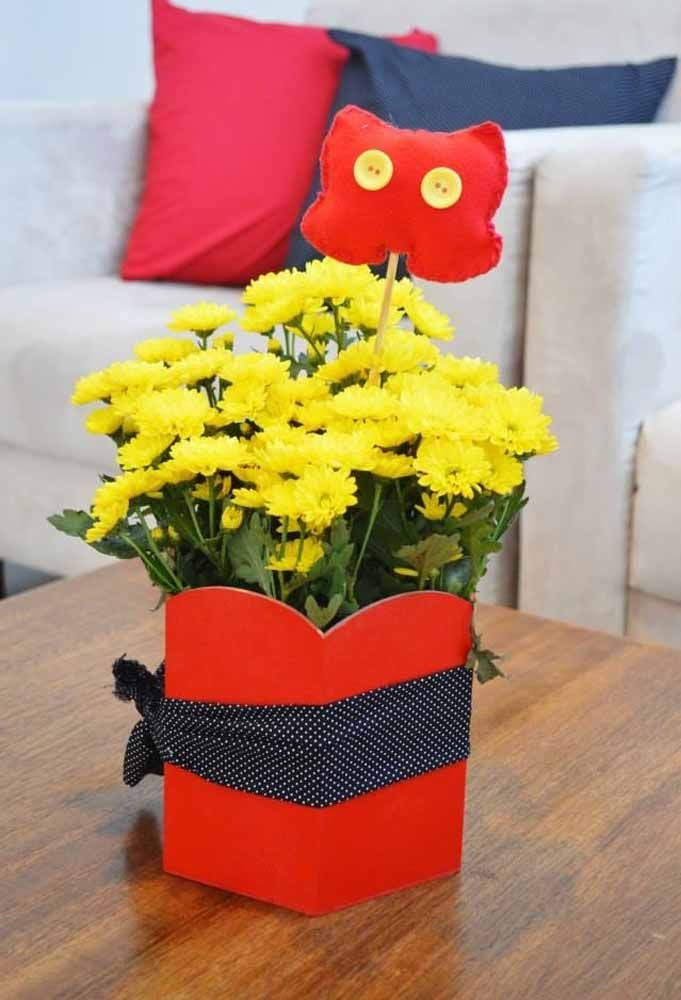 Who said that at a children's party only treats and toys should be distributed? So deliver a beautiful bouquet of flowers personalized with the party theme