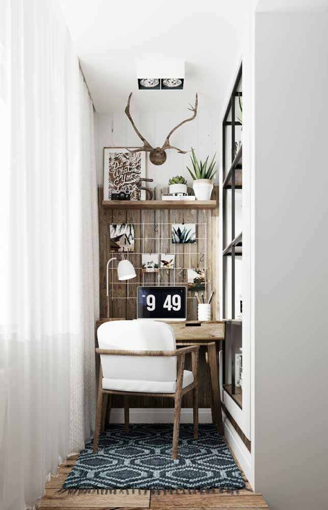 Small but very cozy home office; the use of wood further reinforces this impression