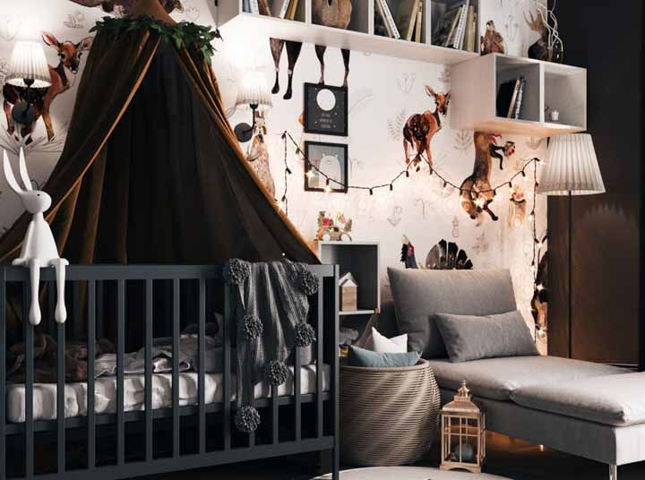 "The brown color ""warms"" the baby's room"
