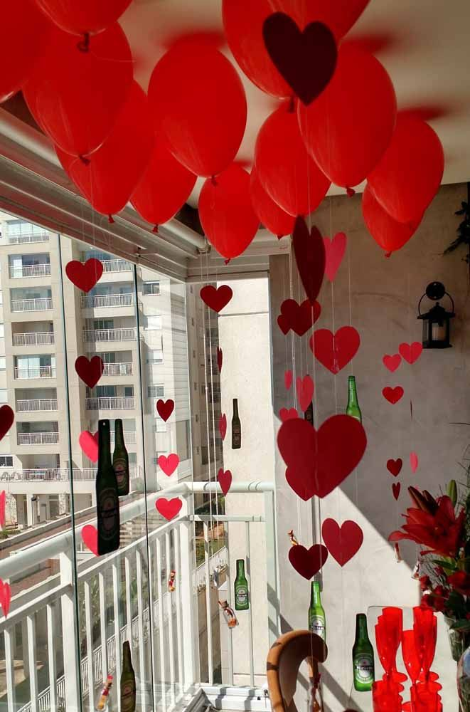 One tip is to use the heart curtain for an intimate celebration, such as Valentine's Day or wedding anniversary