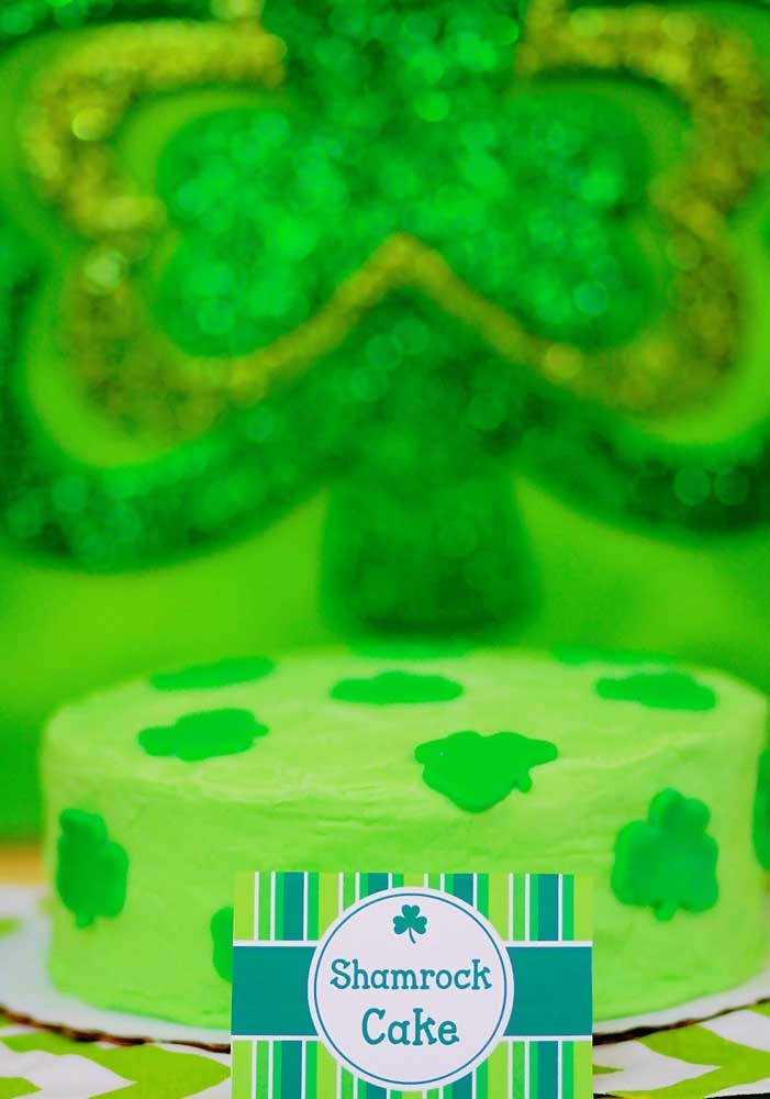 What do you think of a clover cake?