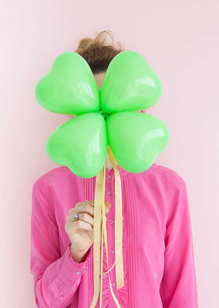What do you think of making a shamrock using heart balloons?