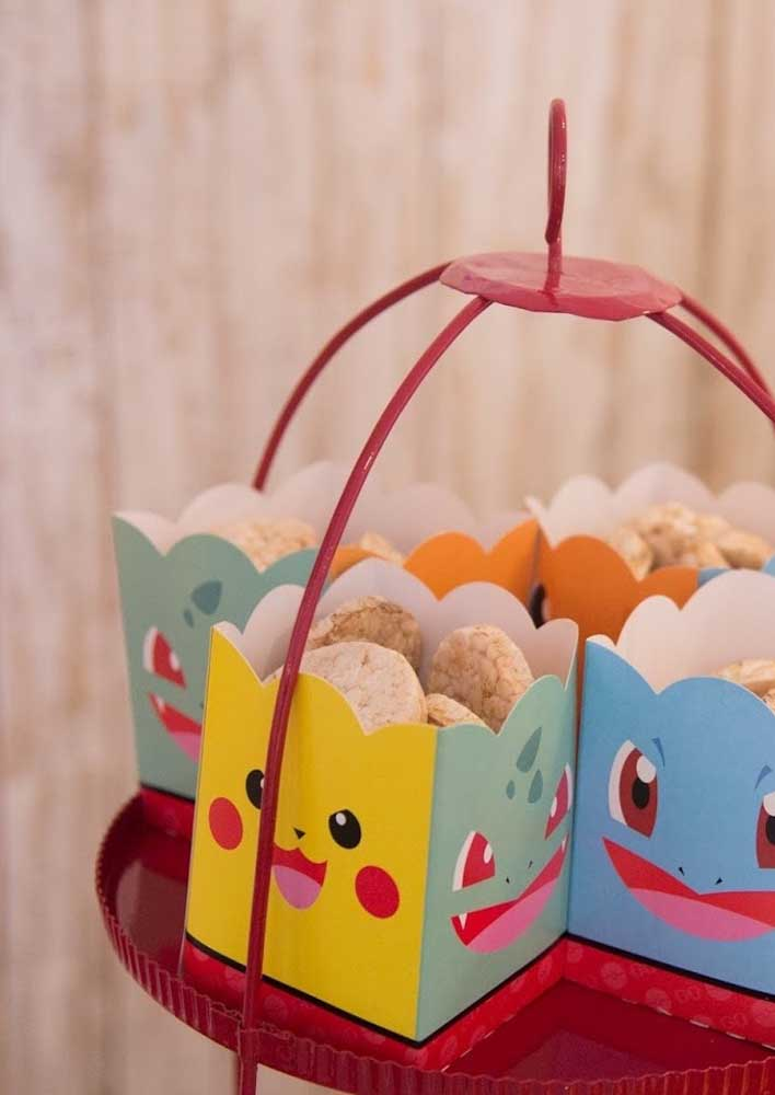 Make some personalized packaging with the face of the little monsters and use it to serve the treats to the guests.