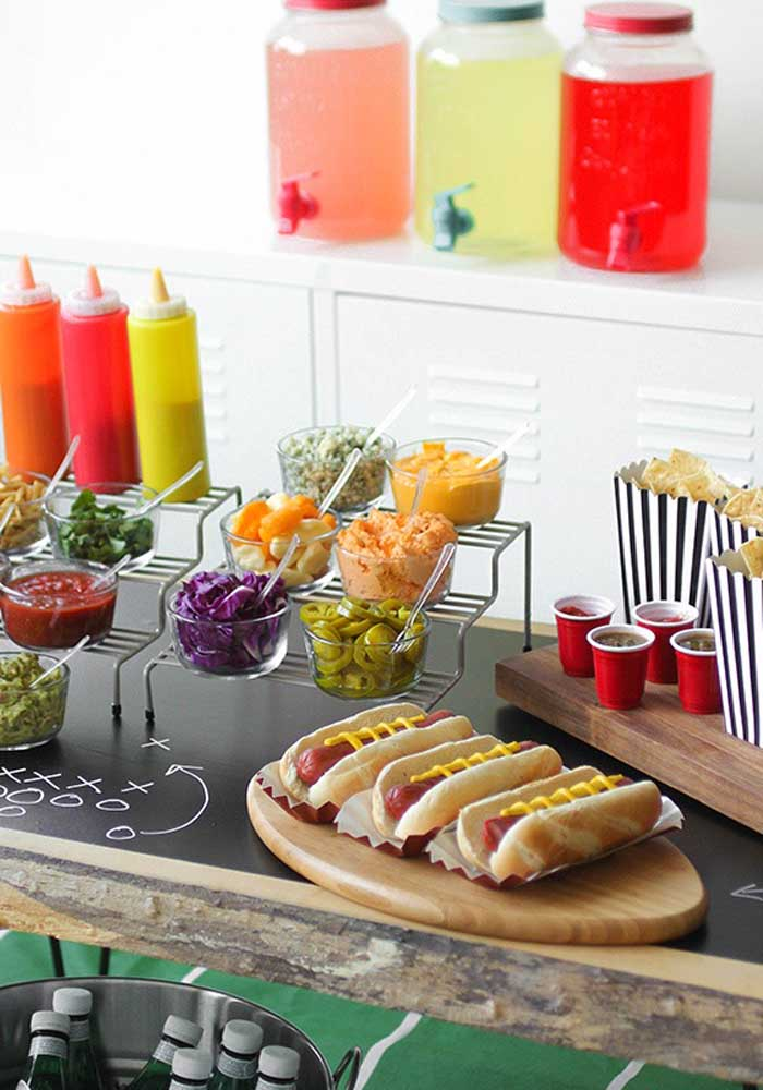 One more option on how you can organize hot dog side dishes.