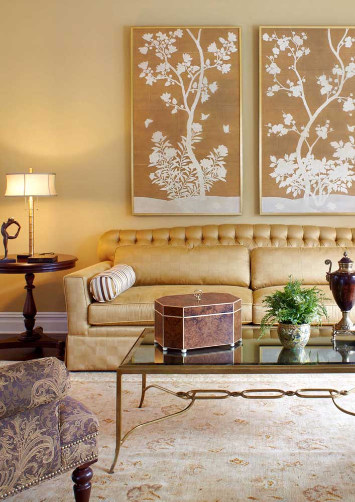 And to bring that feeling of refinement and luxury, invest in the use of yellow with gold