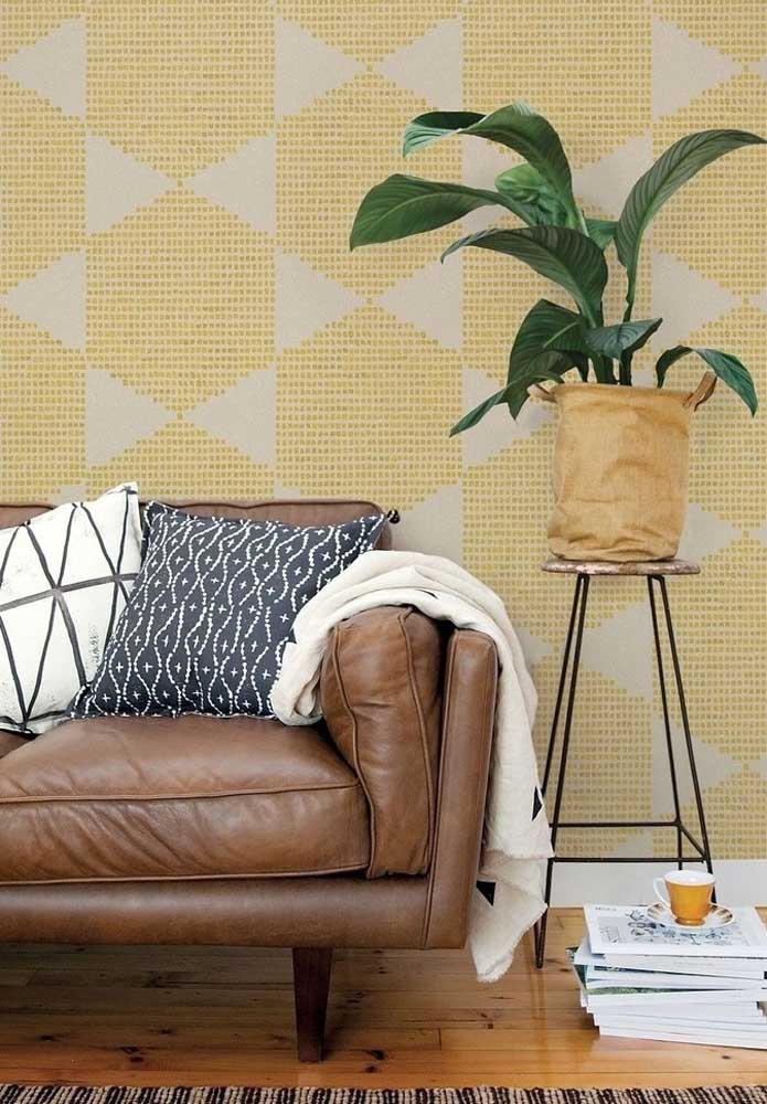Yellow and brown for a modern, clean room