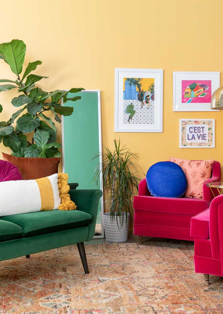 A colorful, cheerful room marked by the contrast of colors