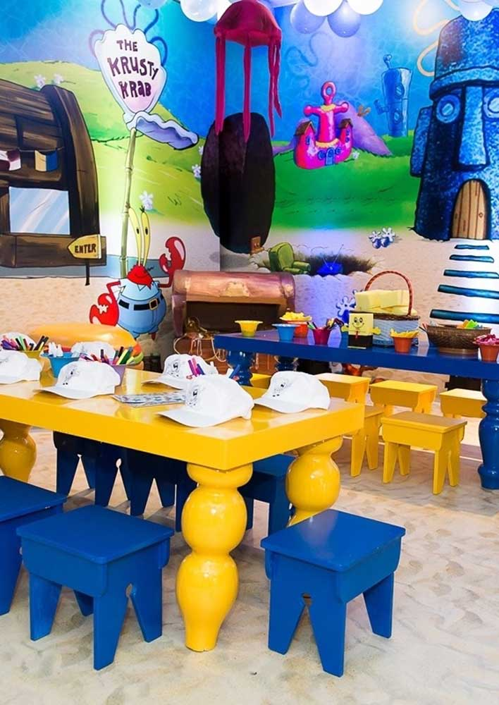 Room decorated and ready to receive the children of the SpongeBob party. Note that blue and yellow tones predominate in the environment