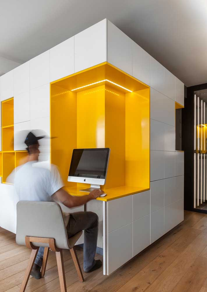 At the corner of the corridor! A modern and smart solution to take advantage of home spaces