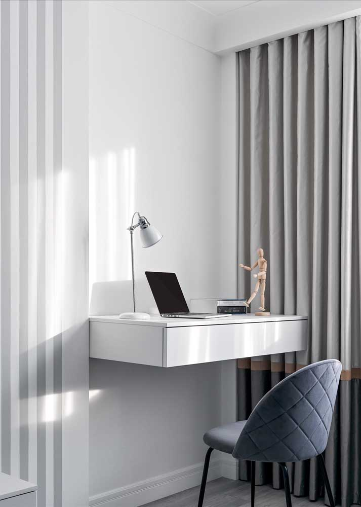 The suspended desk is practical and even helps to save space in the bedroom