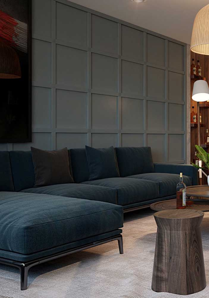 Bluish green sofa for an elegant classic living room!