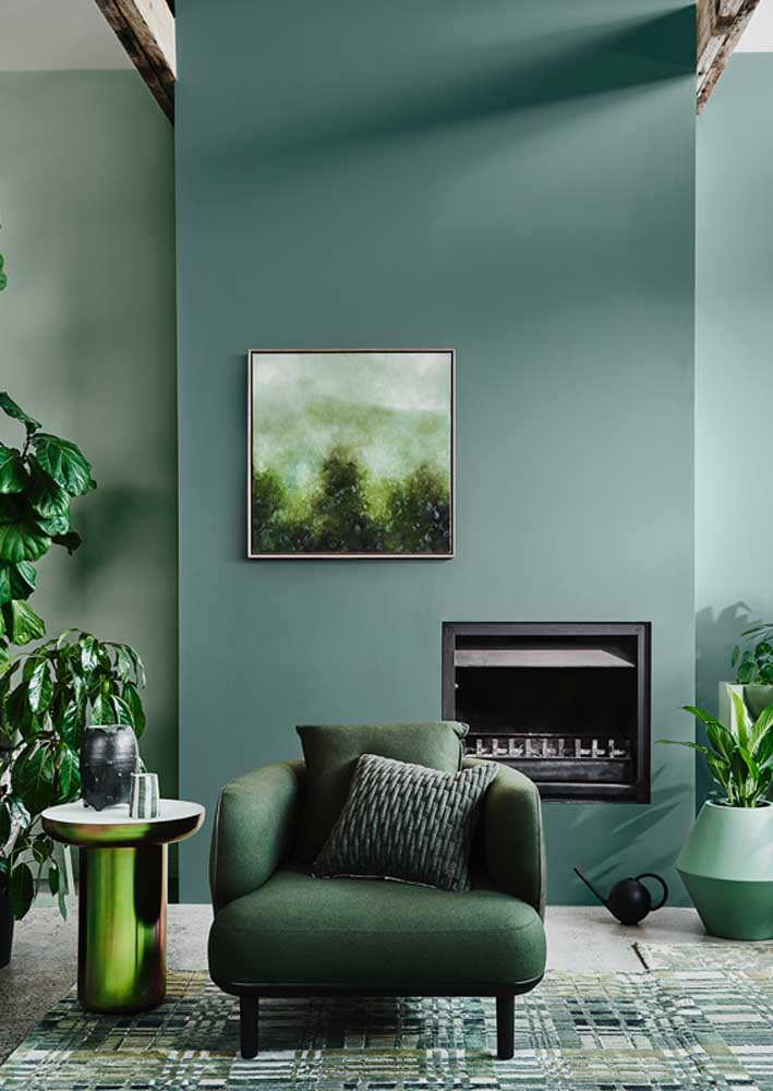 Green on plants, furniture and walls