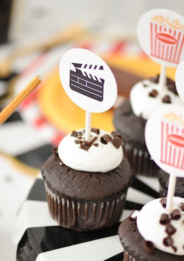 Cupcakes are also a great snack idea for the movie night