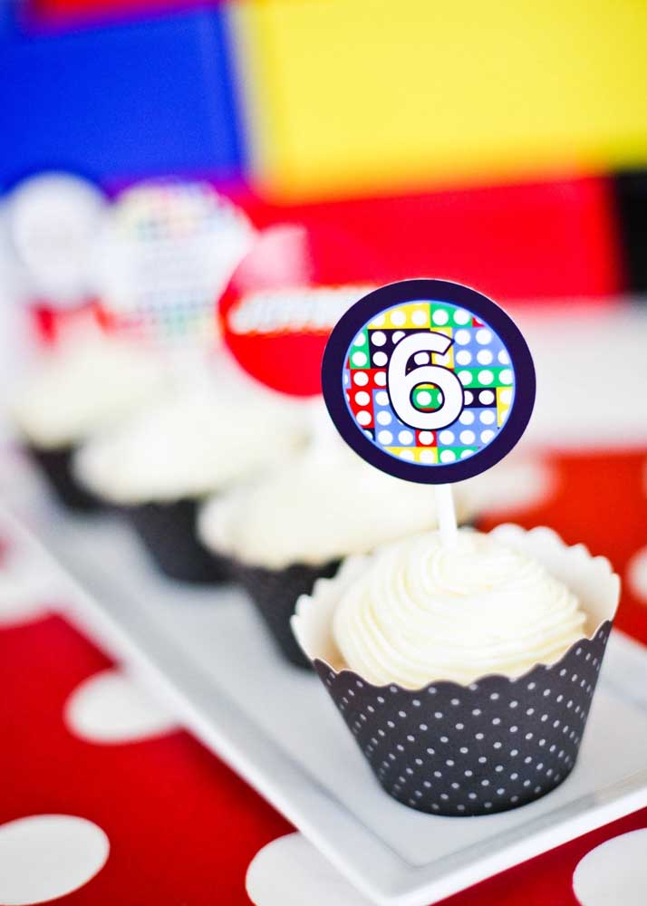 The party's cupcakes also received a personalized Lego theme decoration