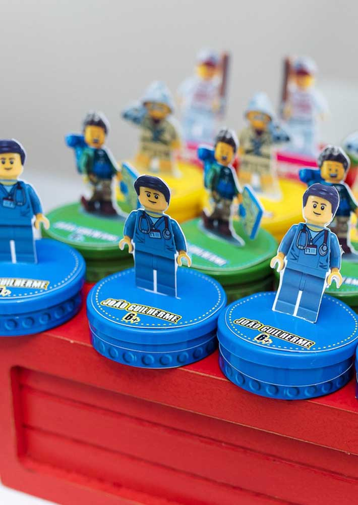 Lego minifigures in party favors