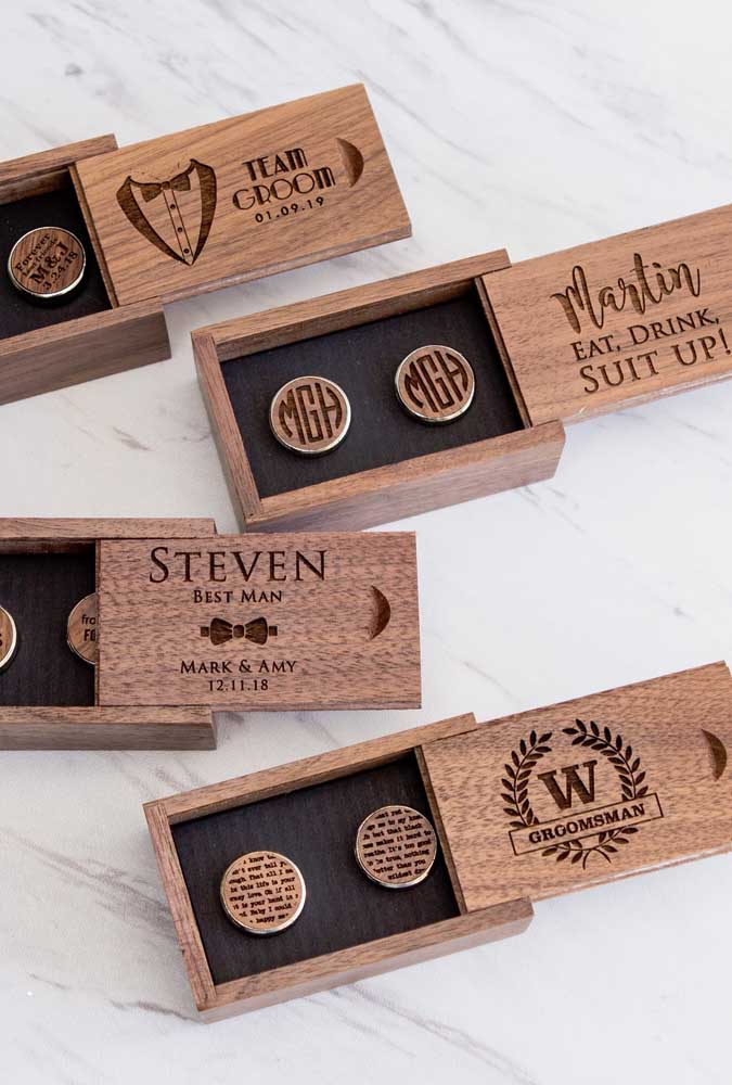 Same, but different. Here, the invitations were personalized according to the style of each sponsor