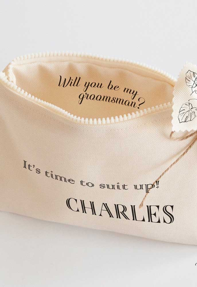 A makeup bag is a good example of an invitation to a godfather with functionality