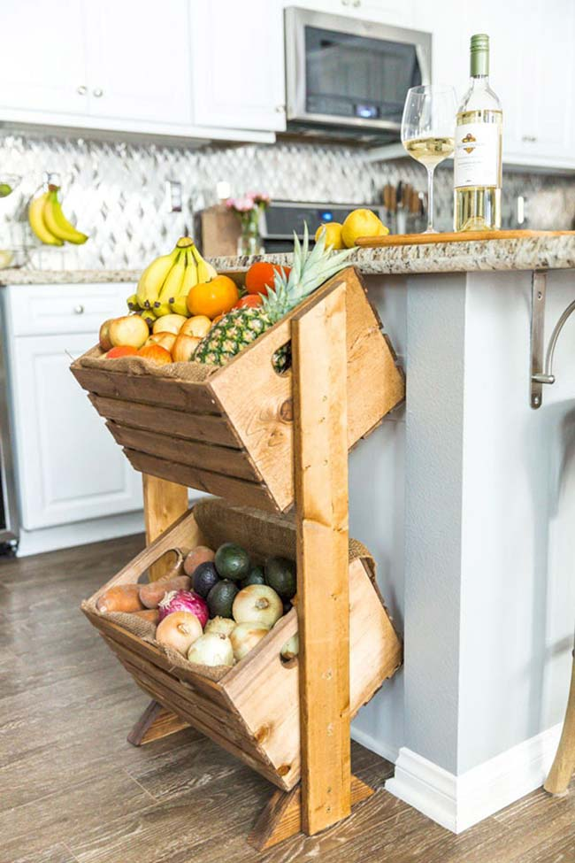 The kitchen fruit bowl was made with recycled wooden crates