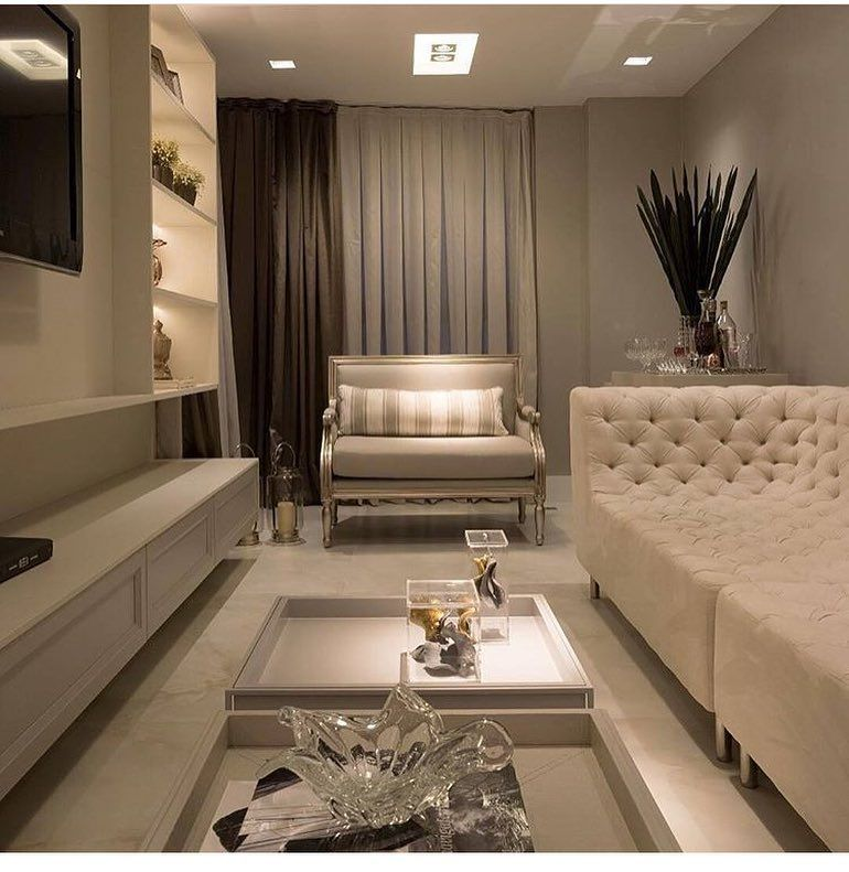 Classic decor for small decorated room