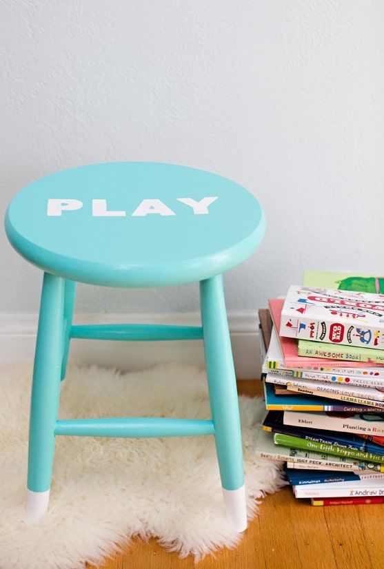 Simple wooden stool do it yourself