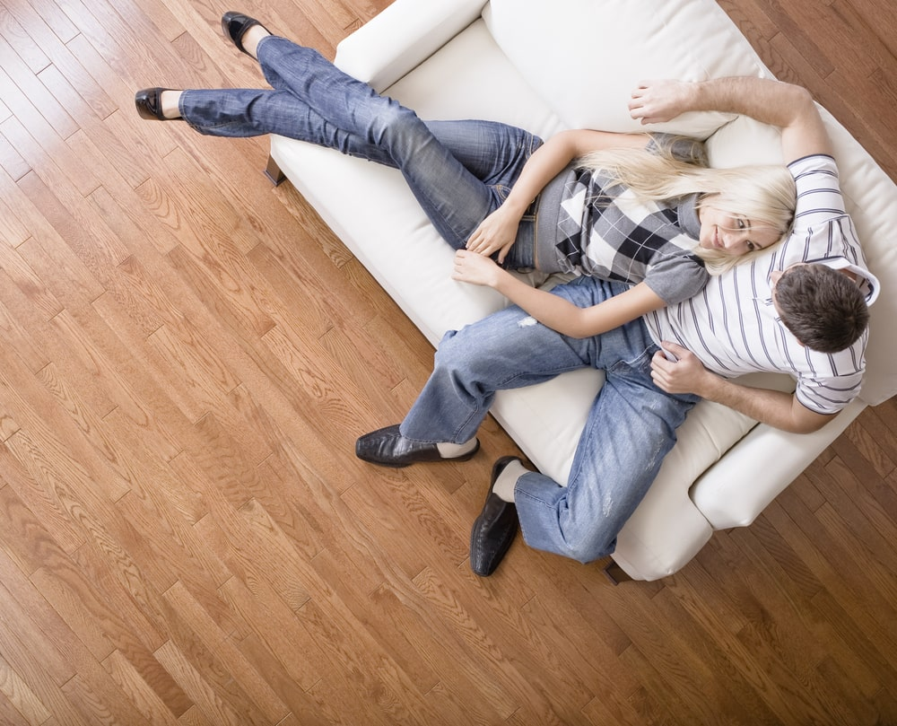 Discover how to clean laminate flooring step by step