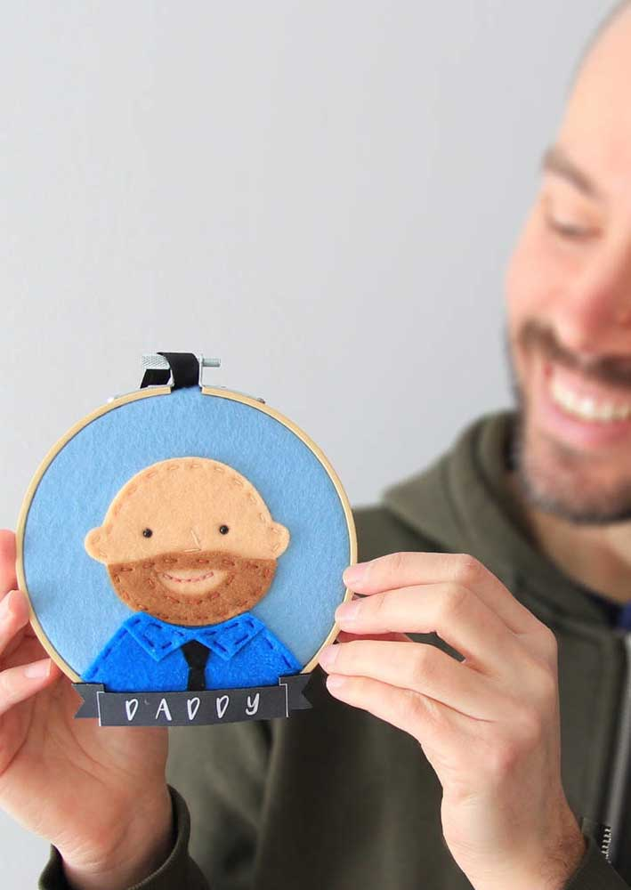 Do you have a talent for embroidery? So look what a cool idea!