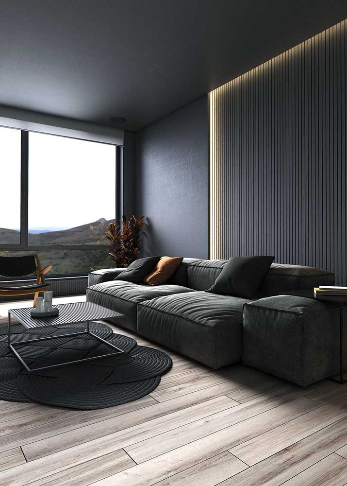 Laminate flooring brings comfort to the black room