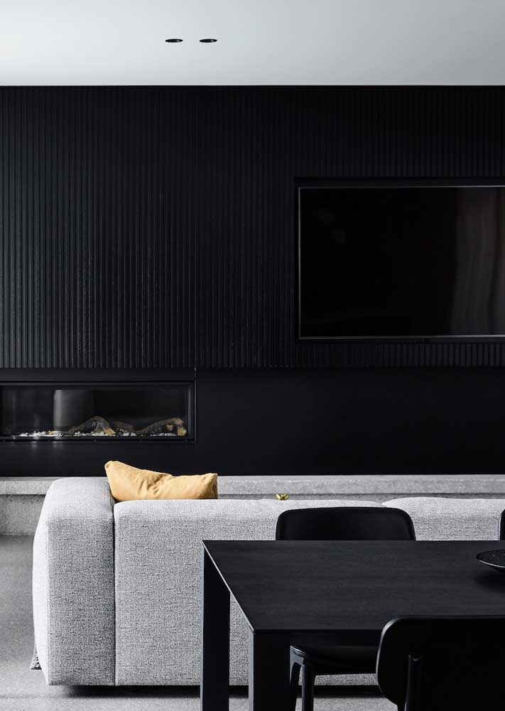 Black and white room in perfect proportions