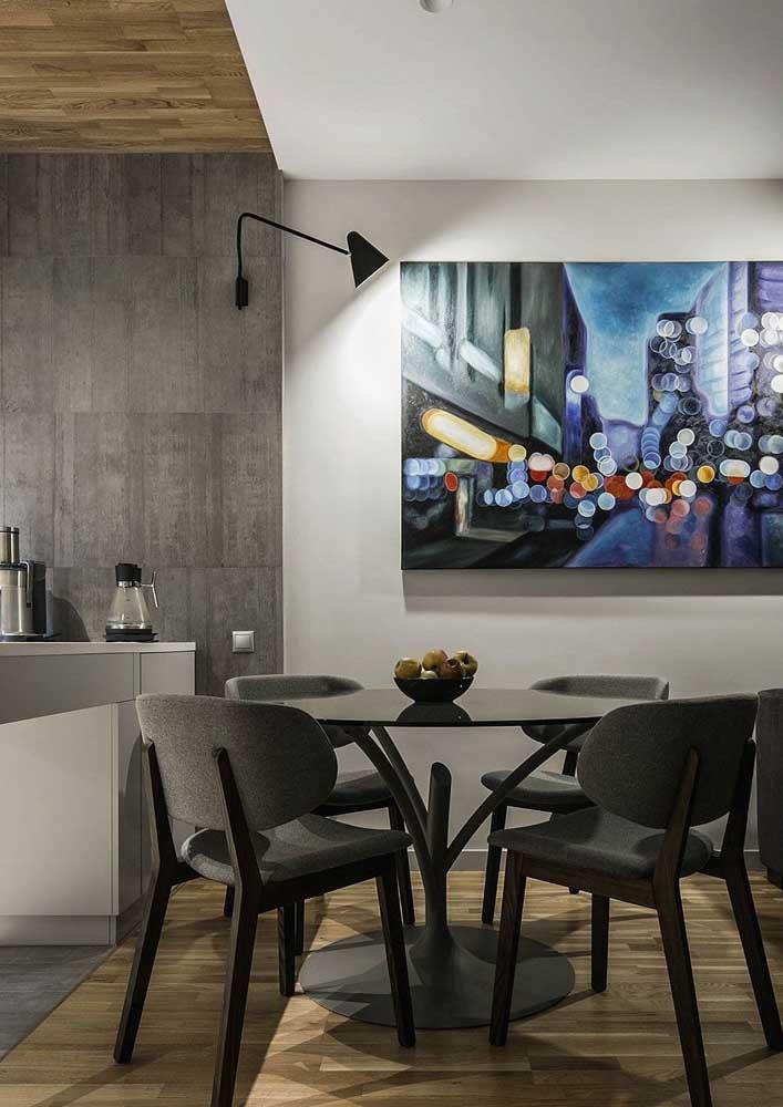 Conjunto de mesa e cadeiras na cor preta para a sala de jantar integrada