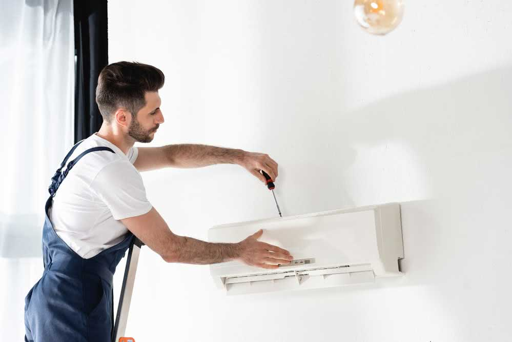 Cleaning air conditioning filters
