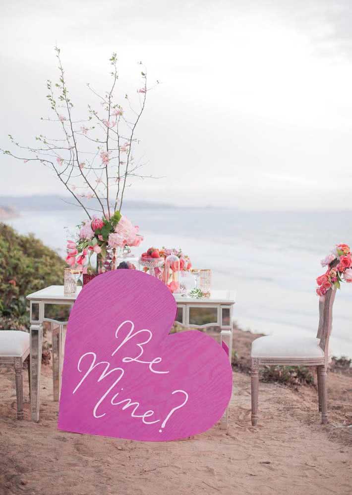 Aproveite a noite romântica para fazer um pedido especial