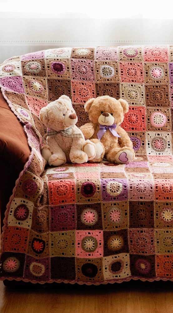 Manta de crochê para o sofá: unindo o útil ao agradável