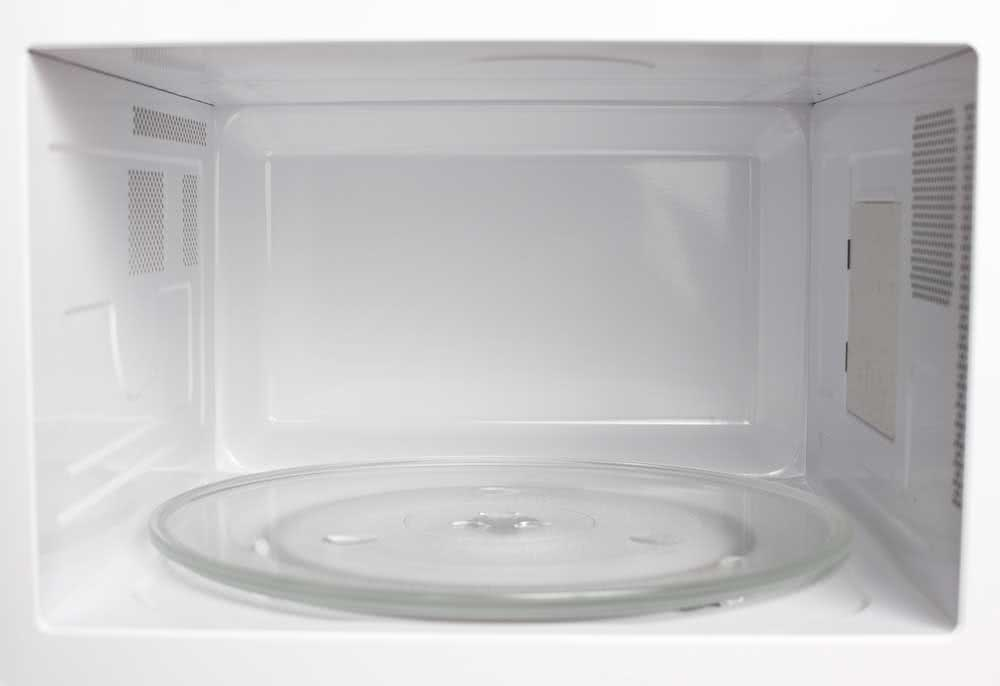 Sterilizing glass in the microwave