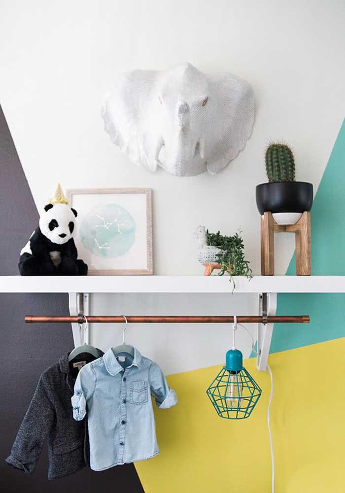 Lustre aramado para um quarto de bebê moderninho e estiloso