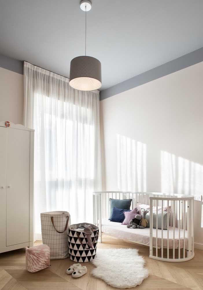 Lustre pendente simples para o quarto do bebê
