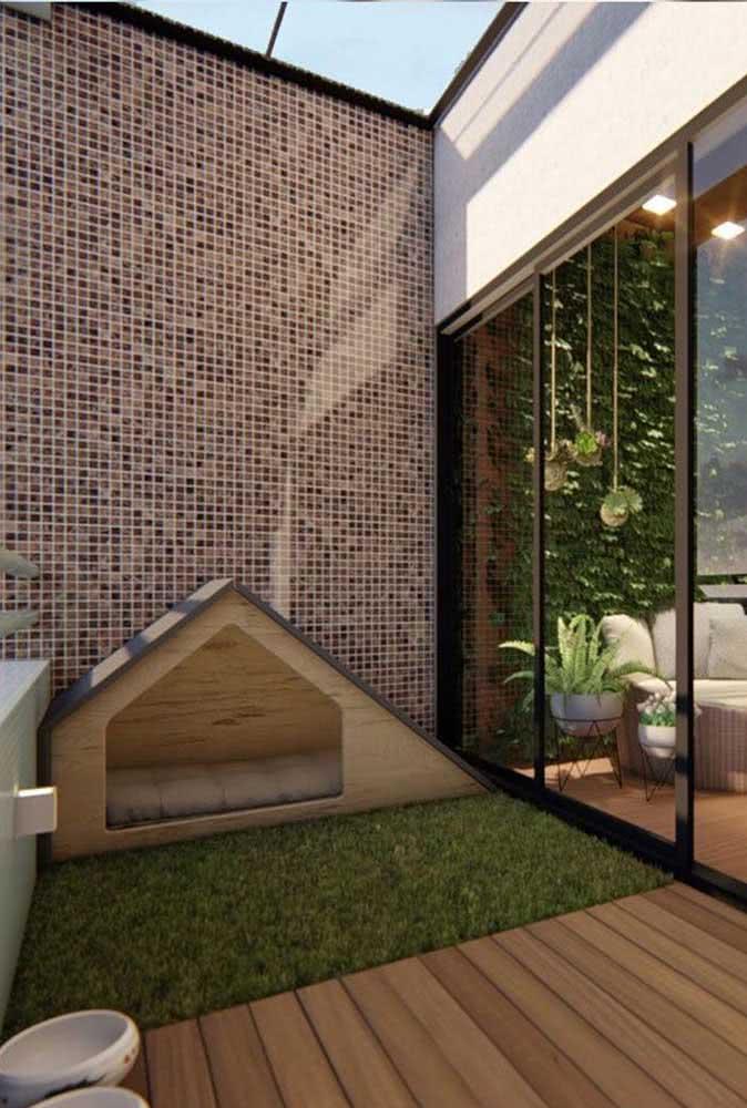 Casinha de madeira moderninha para a área externa da casa
