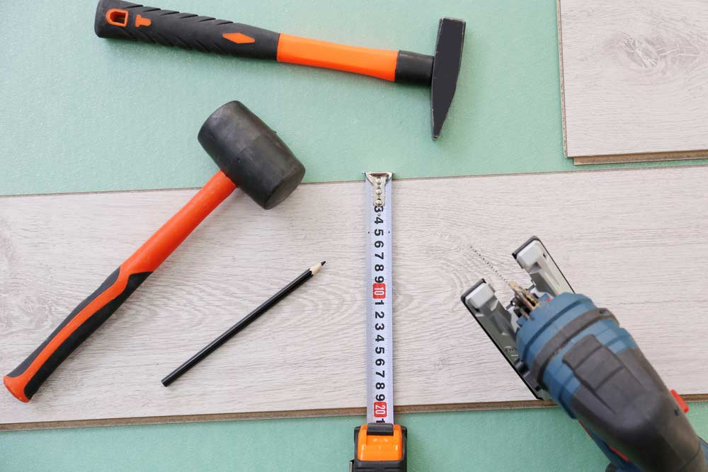 How to lay laminate flooring: materials needed
