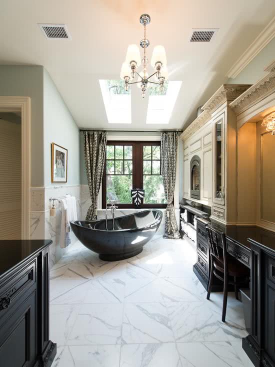 Black bathtub