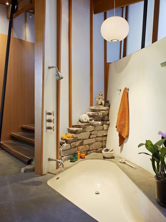 Masonry bathtub