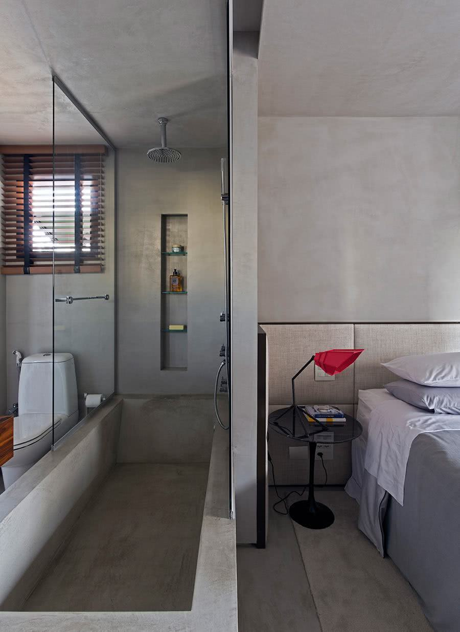 Bathtub with burnt cement leaves the air youthful and modern in the suite