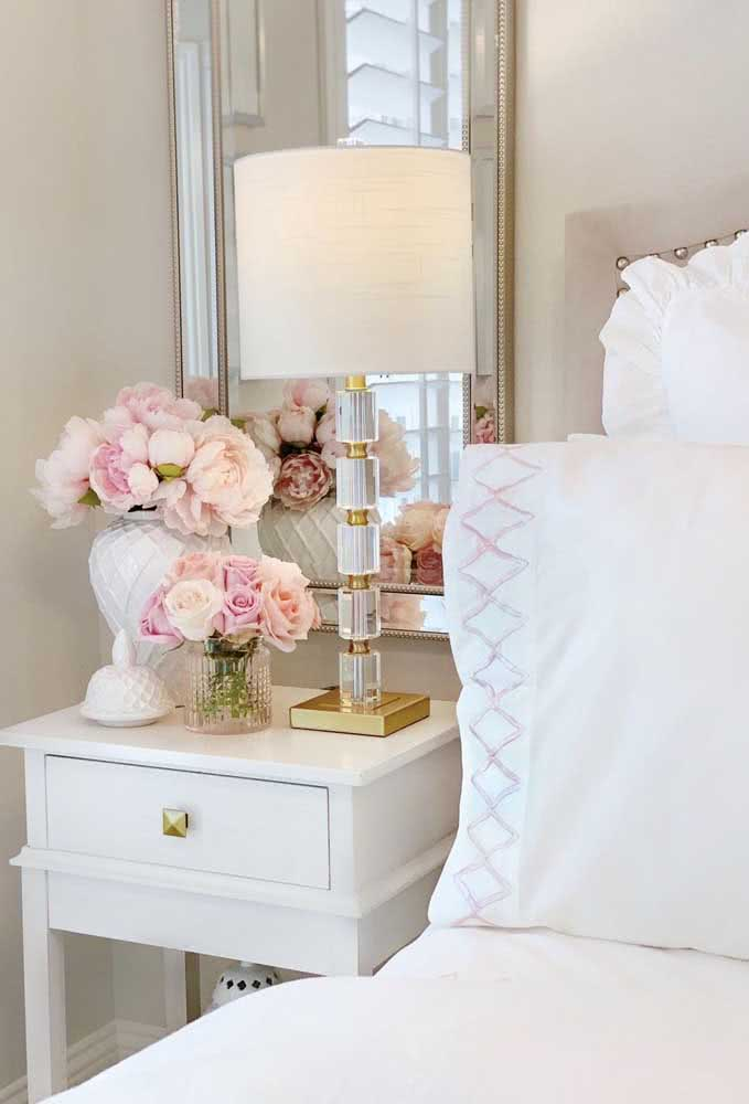 Peonies to bring romance to the couple's bedroom