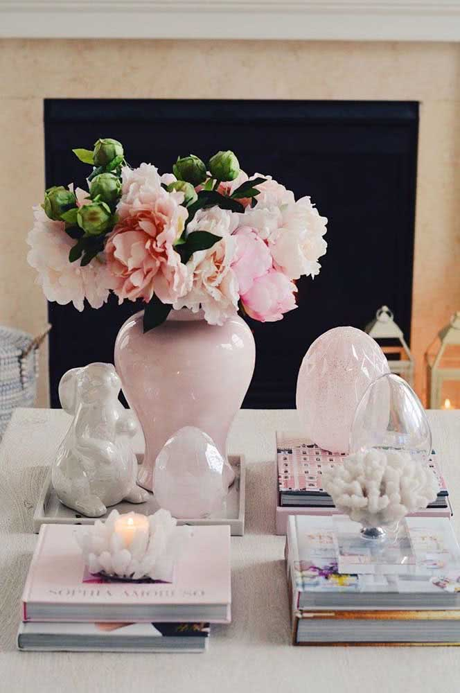 Can it be any more chic than that?  Peonies matching rose quartz spheres