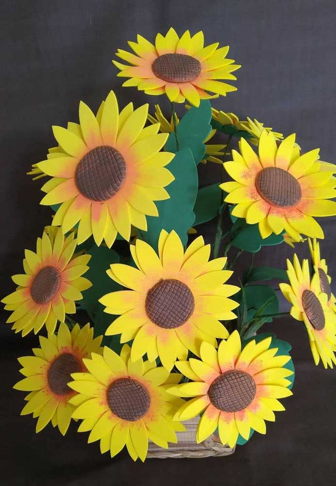 EVA sunflower flower to complete that vacant space in the decoration