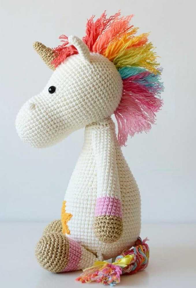 Amigurumi unicorn all colorful and full of cuteness