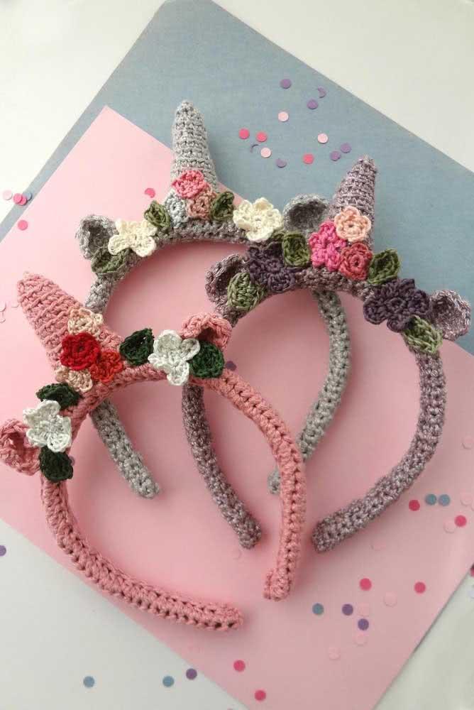 Unicorn tiara to decorate the locks