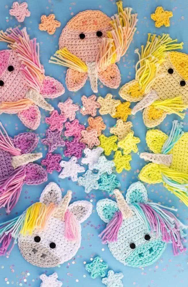 Kit of crochet unicorns that you can use as a birthday gift, for example