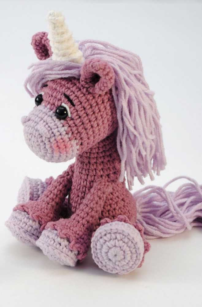 Unicorn amigurumi.  Test new colors for your pet
