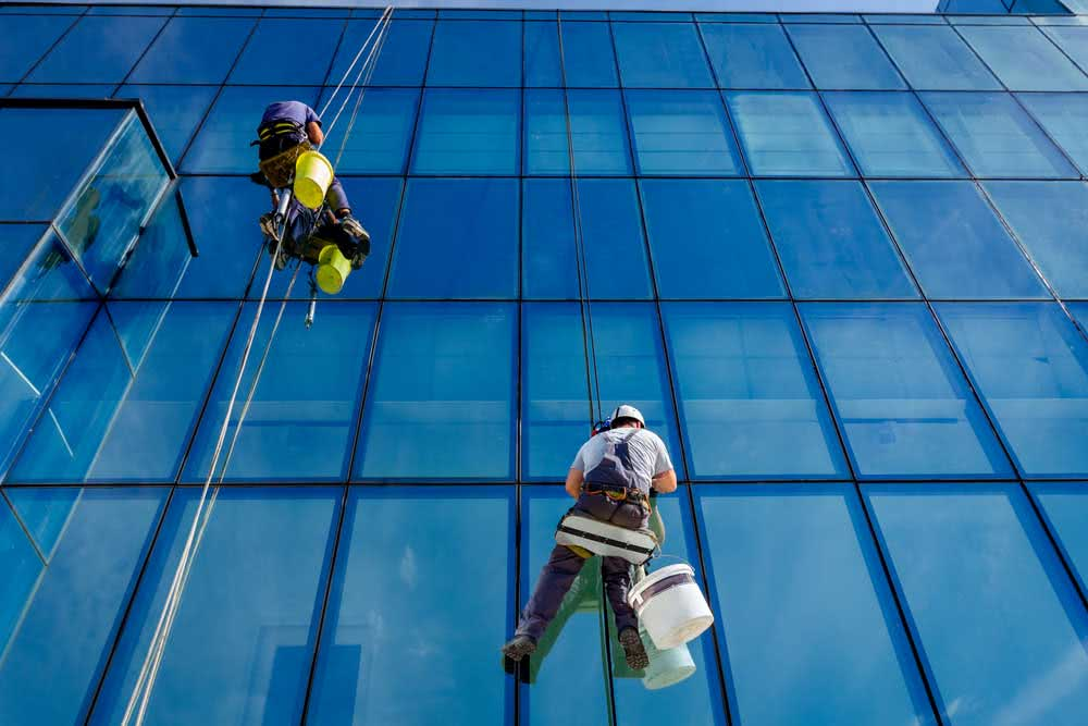 Safety standards for cleaning the facade